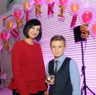 Owen Blunt is presented with the winners award for Super Sports Star by Shabana Ali at the Doncaster Free Press Superkids.